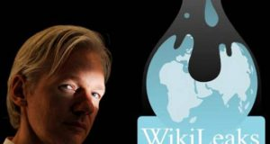 Wikileaks logo and Julian Assange face