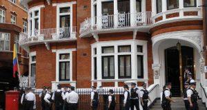 Metropolitan Police Watching Ecuadorian Embassy in London